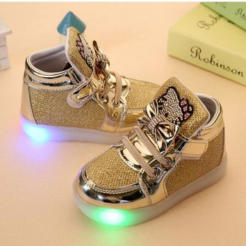 2017 New Spring Autumn Winter Children's Sneakers Kids Shoes Chaussure Enfant Hello Kitty Girls Shoes With LED Light