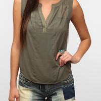 Urban Outfitters - Ecote Charlie Sleeveless Blouse