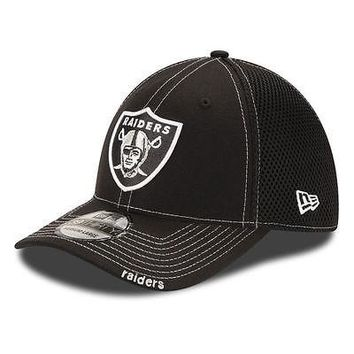Oakland Raiders New Era Neo NFL 39THIRTY Stretch Fit Flex Mesh Back Cap/Hat