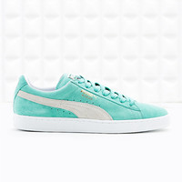 Puma Classic Suede Trainers in Mint - Urban Outfitters