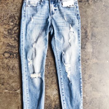Larsa Distressed Girlfriend Denim Jeans