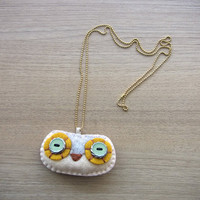 Felt Necklace - Owl necklace - handmade - READY TO SHIP