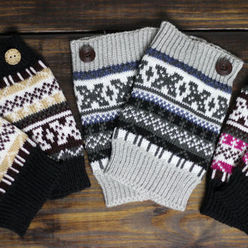 Womens Aztec Printed Leg Warmers Gray Black Pink Ivory Knitted Boot Cuffs