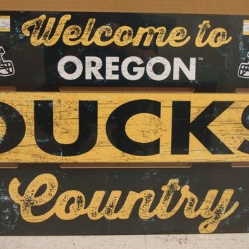 "OREGON DUCKS WELCOME TO DUCKS COUNTRY WOOD SIGN 19""X30'' NEW WINCRAFT"