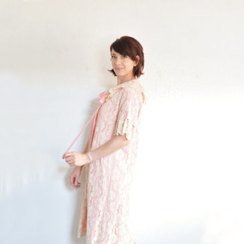 pale pink mod lace bed jacket . peter pan collar and ribbon trim .small.medium .sale