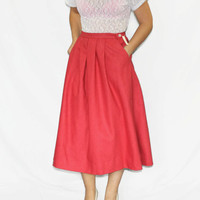 Vintage wool skirt. 80s flared skirt. Coral skirt by J.G.Hook. Back to school. Office skirt. Fall fashion.