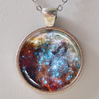 Universe Necklace - Merging Star Clusters in 30 Doradus  - Galaxy Series