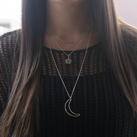 Halloween Layered Necklace - Minimal Layering Jewelry . Set of 3 Necklaces . Hammered Bar, Pentagram & Crescent Moon . Gift Idea for Her