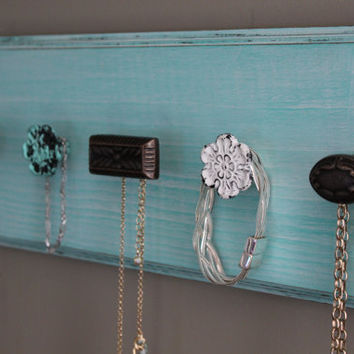 Jewelry organizer with knobs, necklace holder, knob jewlery holder, wall organizer, jewelry display board, turquoise wall decor