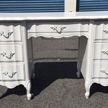 Vintage Dixie French Provincial Desk or Vanity