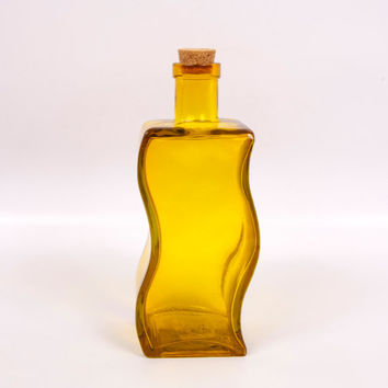 Vintage Amber Glass Bottle Curvy Oil Cruet Gold Jar Cork Stopper Decanter Barware