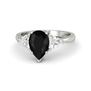 Pear Black Onyx 18K White Gold Ring with White Sapphire