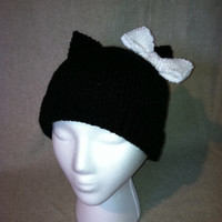 Knit Black Hello Kitty hat will bring a smile to girls of all ages