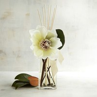 Magnolia Blooms Decorative Reed Diffuser