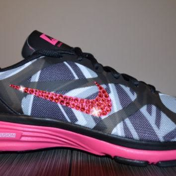 New Women's Nike Dual Fusion TR Print Running Jogging Shoes Customized With Pink Swaro