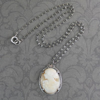 Vintage Sterling Silver Oval Hand Carved Shell Cameo Pendant and Chain Necklace