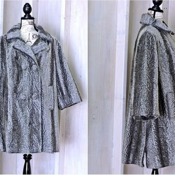 Vintage 1960s silver faux fur coat / size M / persian lambs wool swing coat / 60s Glam