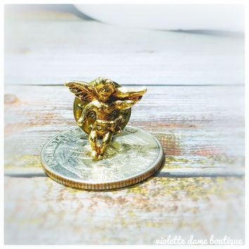 1980s Vintage Tiny Smiling Gold Toned Guardian Angel Lapel Pin