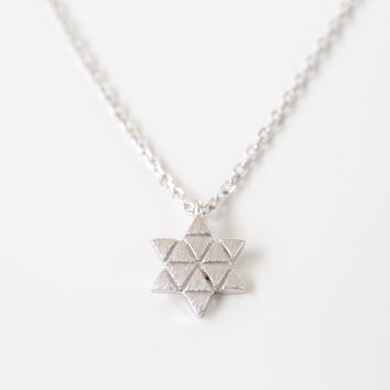 925 Triangle Line Star Necklace