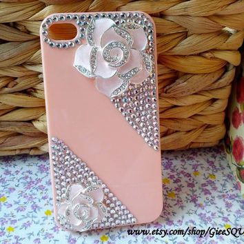 Corner PINK Rhinestone ROSES In Peach Colored Case - iPhone 4 Case, iPhone 4s Cover