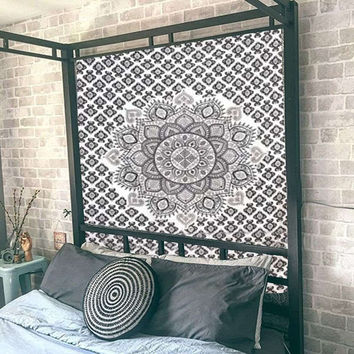 230X148cm Polyester Mandala Wall Hanging Tapestry Indian Bohemian Bedspread Mat Home Room Wall Decor Dorm Cover Throw Blanket