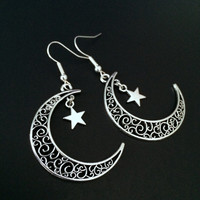 Moon Star Earrings, Crescent Moon Earrings, Silver Moon Earrings, Witchy Jewelry, Gothic Jewelry, Moon Jewelry, Bohemian Jewelry