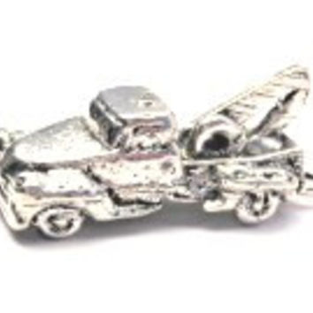 Old Tow Truck Genuine American Pewter Charm