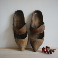 Antique French Wooden Shoes // 1900 Vintage Clogs // Rustic Farm Decor // Winter Christmas Inspiration