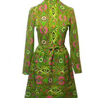 Vintage 1960s Polyester Green Mod Psychedelic Paisley Flower Long Sleeved Day Dress with Pink Flowers Size Small Medium