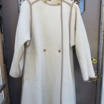 Wetherall beige tan cream reversible swing  coat    Vintage classic coat  Made in Great Britain,  pure   wool /alpaca  swing  coat size 12