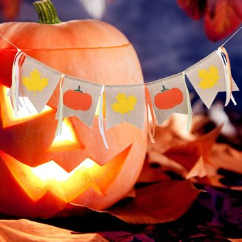2M Long Halloween Linen Pull Flag Banners Pumpkin Maple Leaf Hanging Flag Props Pull Flowers Decorations