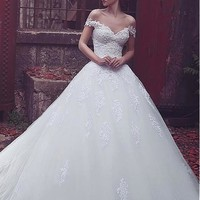 [179.99] Fabulous Tulle Off-the-shoulder Neckline A-line Wedding Dresses With Lace Appliques - dressilyme.com
