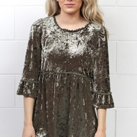 Crushed Velvet Back Zip 3/4 Sleeve Babydoll Tunic {Olive}