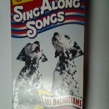 Disney's Sing Along Songs - 101 Dalmatians: Pongo and Perdita (VHS, 1996)