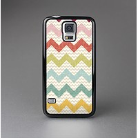 The Vintage Summer Colored Chevron V4 Skin-Sert Case for the Samsung Galaxy S5