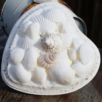 Beach Wedding Seashell Heart Ring Holder