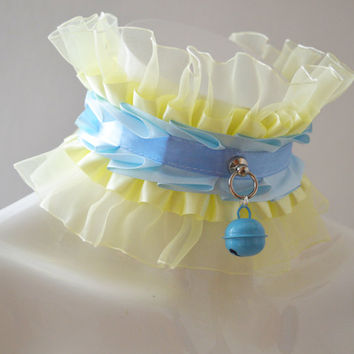 Kittenplay collar - Spoiled kitten - kitten play ddlg princess daddy girl kink choker with bell - pastel blue and banana yellow necklace