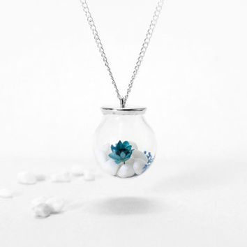 Blue and White Porcelain Style Necklace, Glass Orb Necklace, Natural Dried Flower, Blue Flower with White Stone