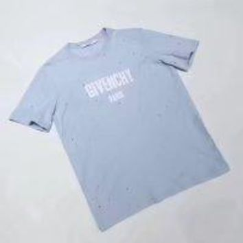 NEW 100% Authentic Givenchy  t shirt p125