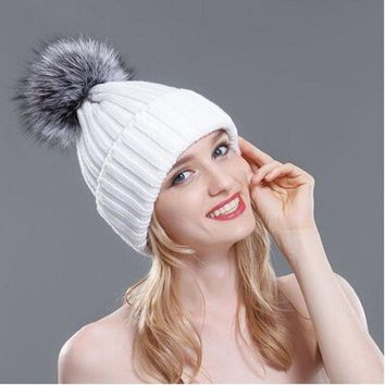 VONG2W 2016 Winter Hats for Women Thick Silver Fox Fur Ball Pompon Beanies Women Hat Warm Knitted Cute Female Fashion Caps MZ029