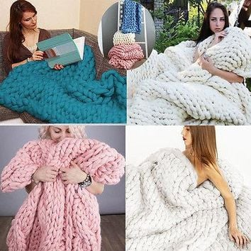 New Fashion Hand Chunky Knitted Blanket Thick Yarn Merino Wool Bulky Knitting Throw