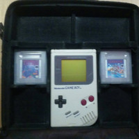 Original Nintendo Gameboy In Black Case With Super MarioLand And Tetris And AC Adapter