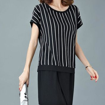 Casual Round Neck Vertical Striped Shift Dress