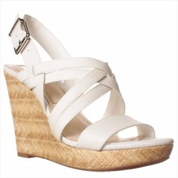 Jessica Simpson Julita Wedge Sandal - Powder