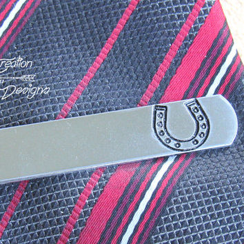 Horseshoe Tie Bar, Engraved Tie CLip, Custom Tie Clip, Personalized Tie Bar, Cool Guy Gifts, Horseshoe, Groomsman Tie Clip, Good Luck Gifts