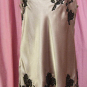 Satin Night Gown, Sexy, Short Chemise, Dusty Mauve, Appliqued Black Lace, Size S Small, Bridal Honeymoon, Resort Cruise Wear