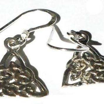 Sterling Silver Filigree celtic Knot dangle earrings