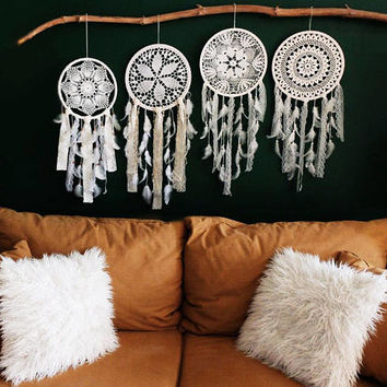 Wedding Dreamcatcher, White Dream Catcher, Large Dreamcatcher, Bohemian Decor, Large Dream Catcher, Crochet Dreamcatcher, Boho Weddings
