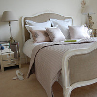 Classical White Linen Bed - Sweetpea & Willow London