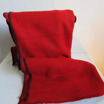 Vintage 1950s Blanket Globe Mills Vintage 50s Red Wool Moth Proofed Cover 1957
